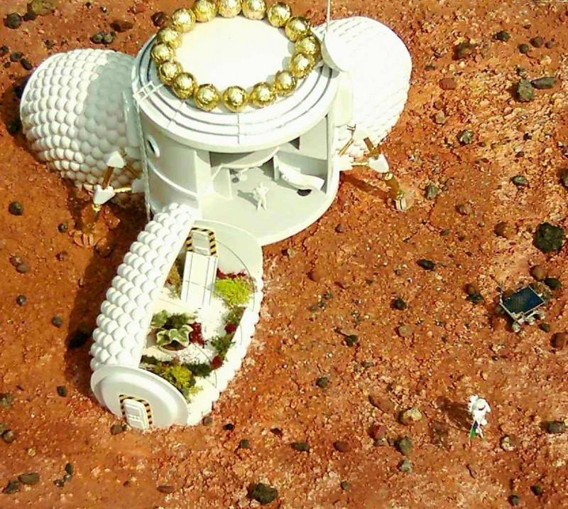 Sur Mars on voudra pouvoir sortir rapidement de l'habitat sans subir de longues périodes de décompression. Il faut choisir en conséquence la pression et la composition de l'atmosphère interne.(doc. A. Souchier ; maquette APM).