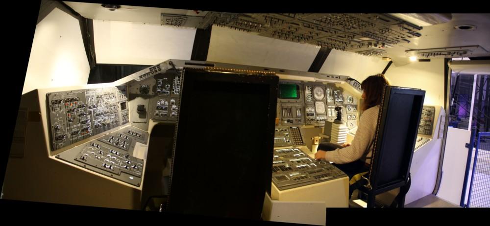 15 02 27 - 20h 44m 44s - eurospace center simulateur dynamique navette_stitch r