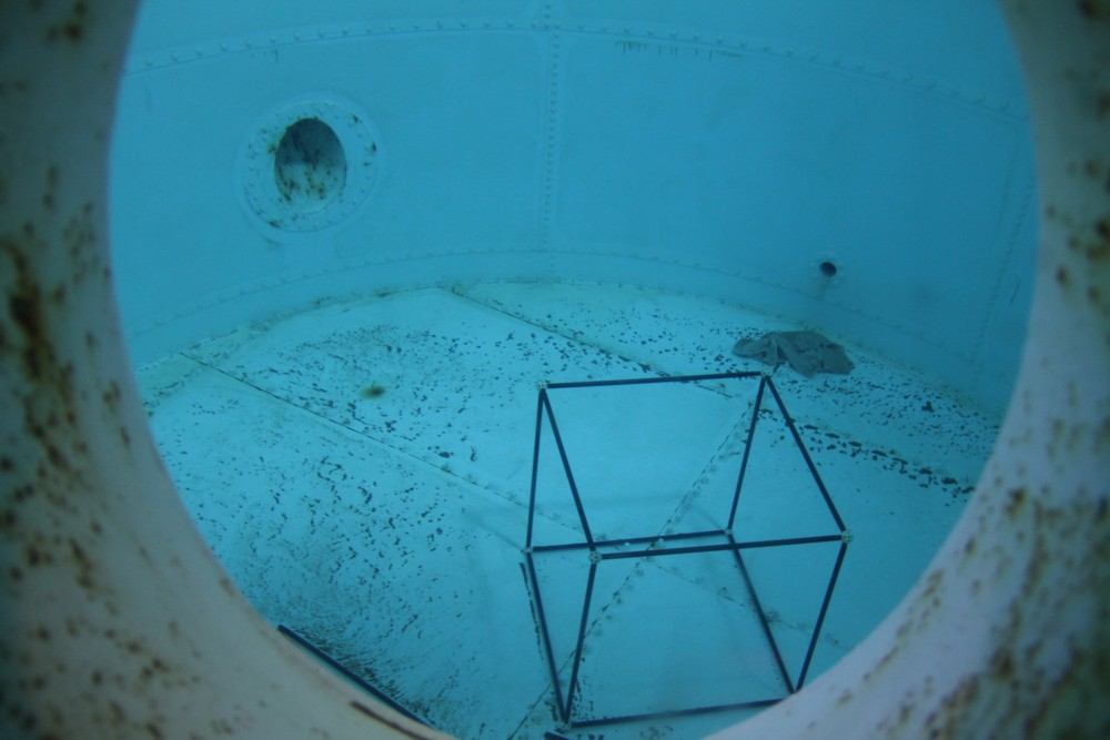 15 02 28 - 09h 13m 38s - eurospace center piscine zéro g r