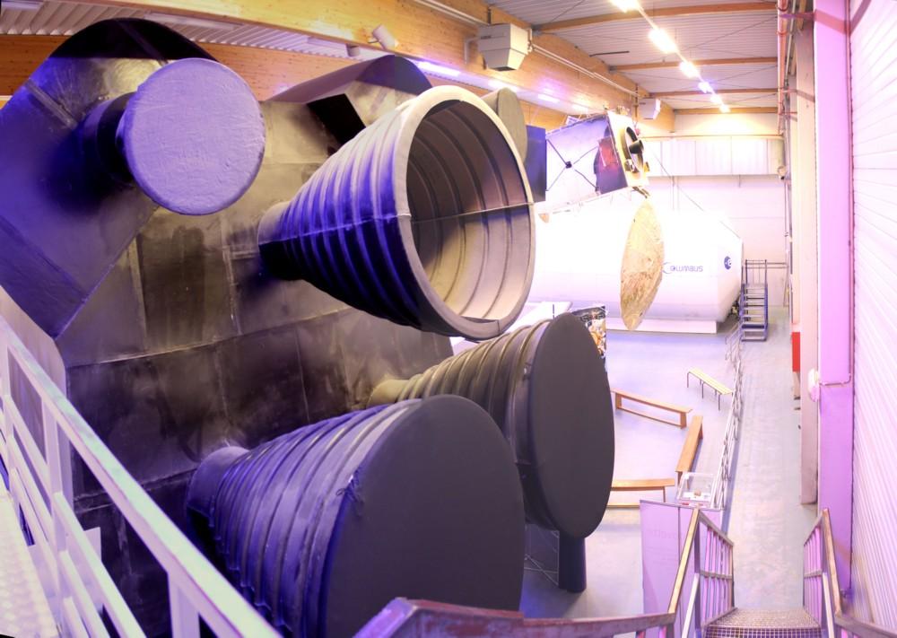 15 02 28 - 09h 36m 44s - Eurospace Center hall_stitch r