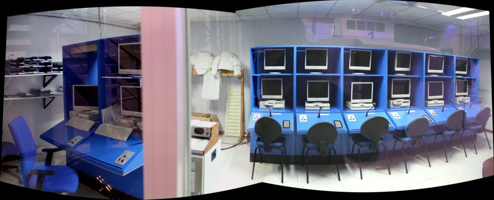 15 02 28 - 09h 48m 08s - eurospace center mission room_stitch r