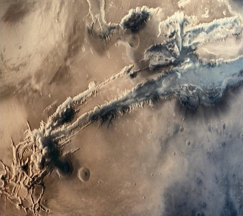 Valles marineris b