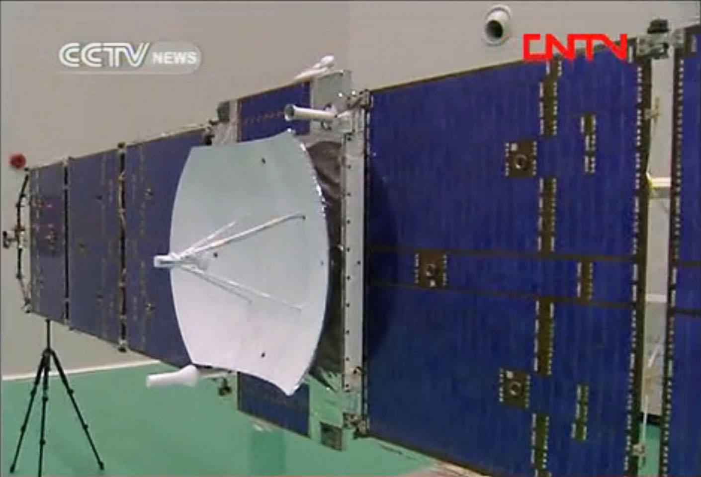 Fig.1 - La sonde Yinghuo-1 en cours d'assemblage en 2011 (doc. CCTV News/CNTV)