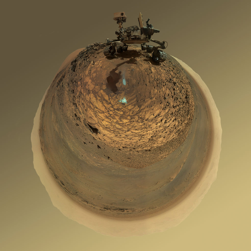 mars-curiosity-rover-msl-horizon-low-angle-selfie-PIA19806-br2