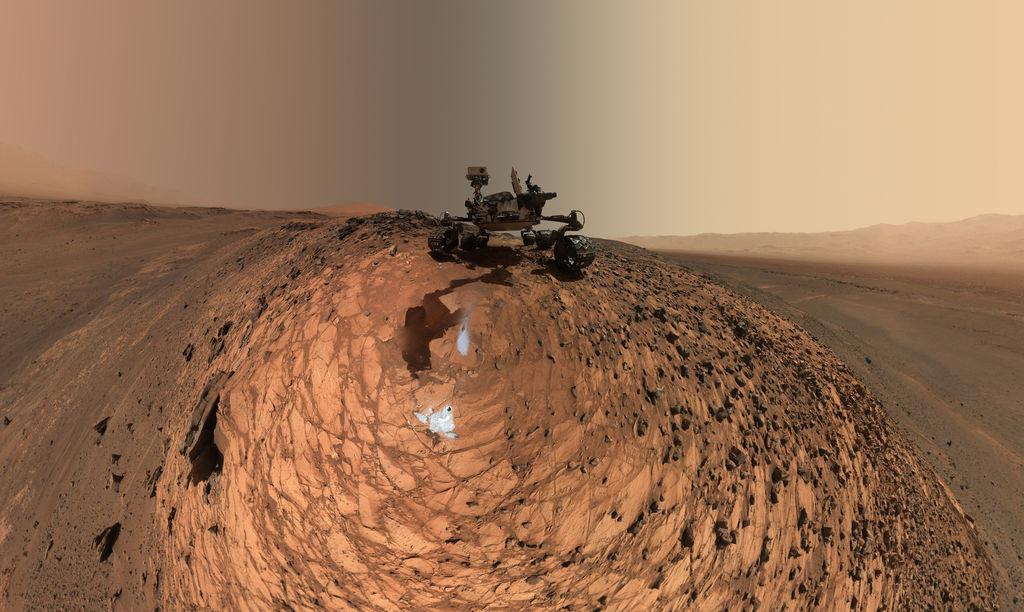 mars-curiosity-rover-msl-horizon-sky-selfie-PIA19807-br2