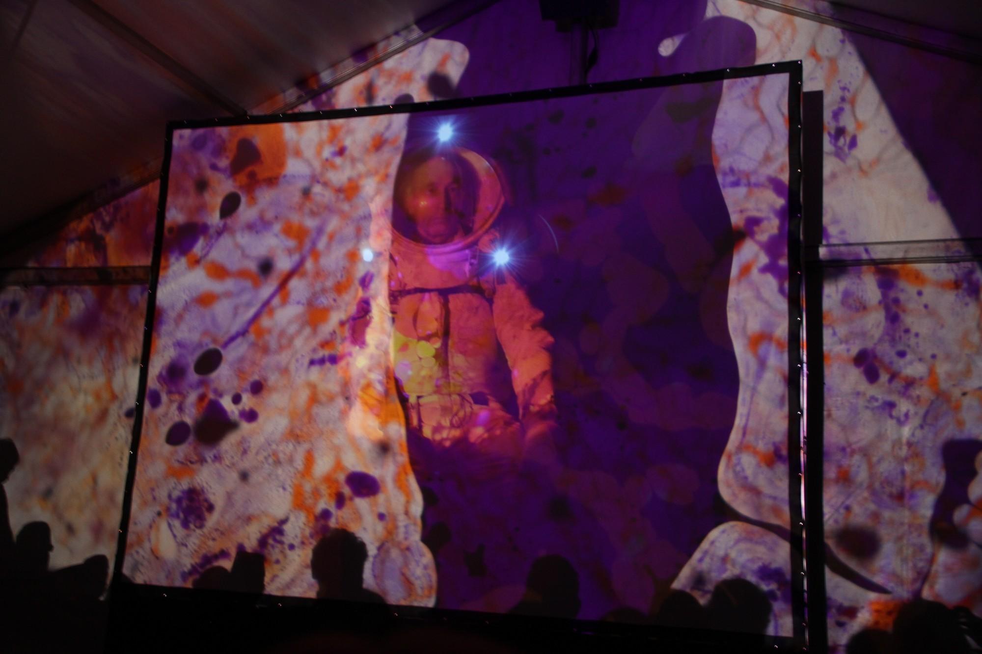 15 09 12 - 20h 57m 27s - auriol à la rencontre de l'espace r