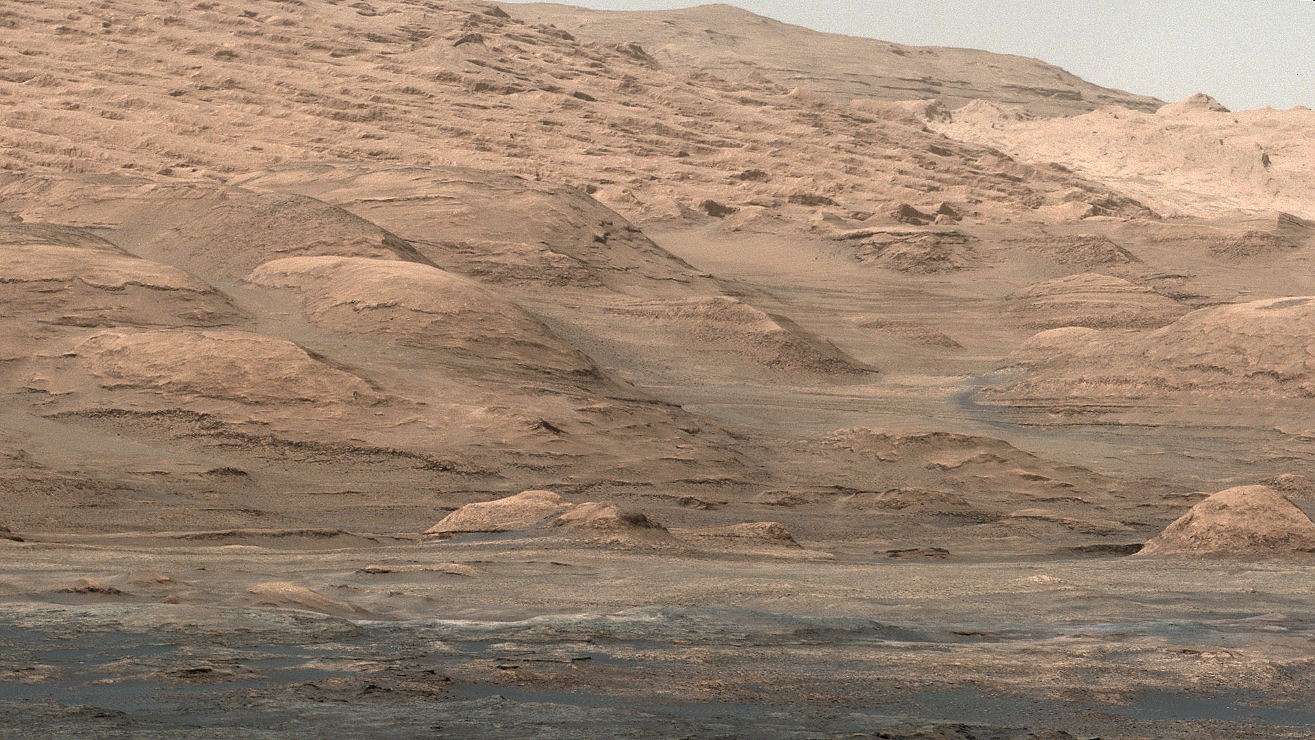 mars-curiosity-rover-mount-sharp-pia19083-Sol387-full