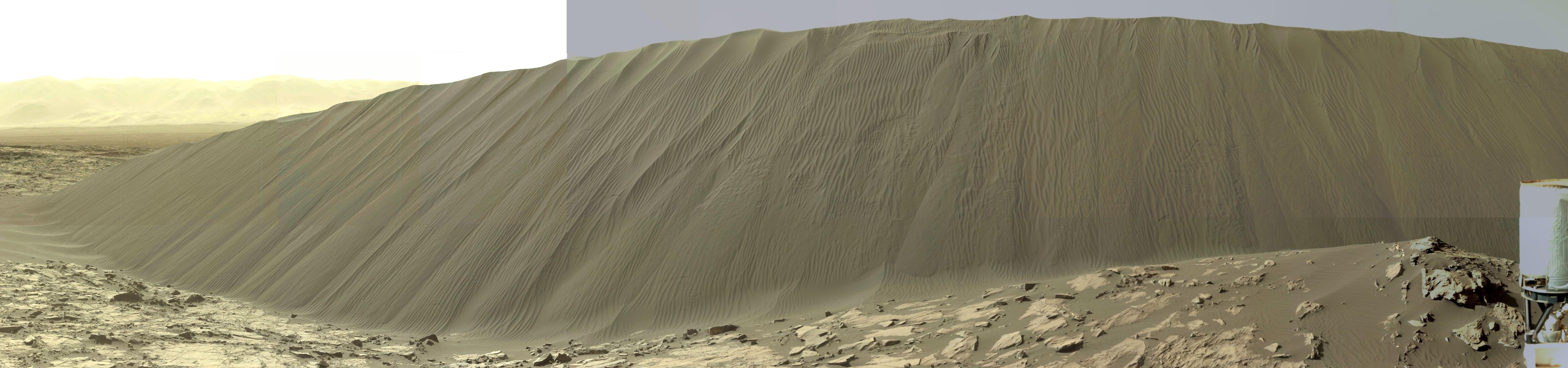 15 12 19 dune Namib complète