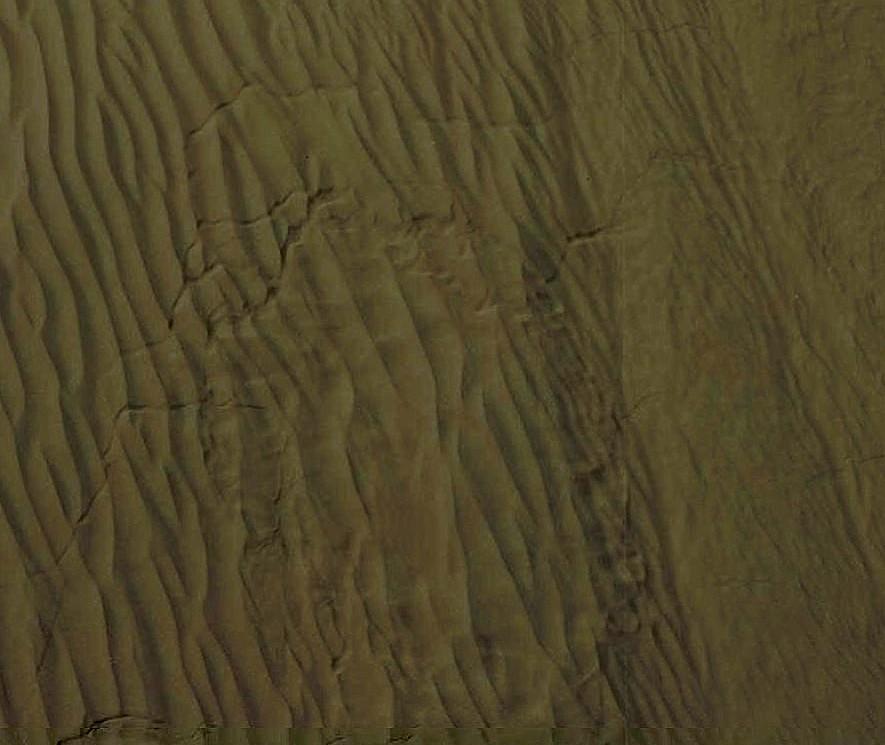 15 12 19 fissures dans Namib