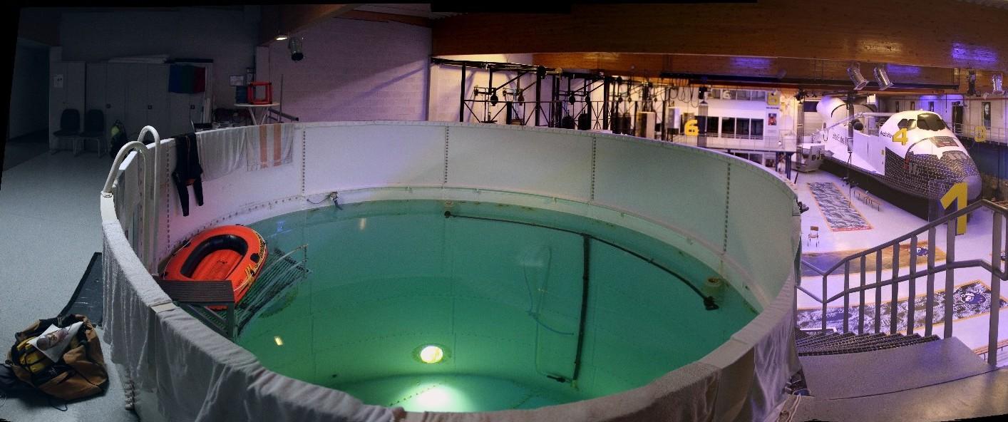 16 03 09 - 17h 54m 58s - esc piscine_stitch 4