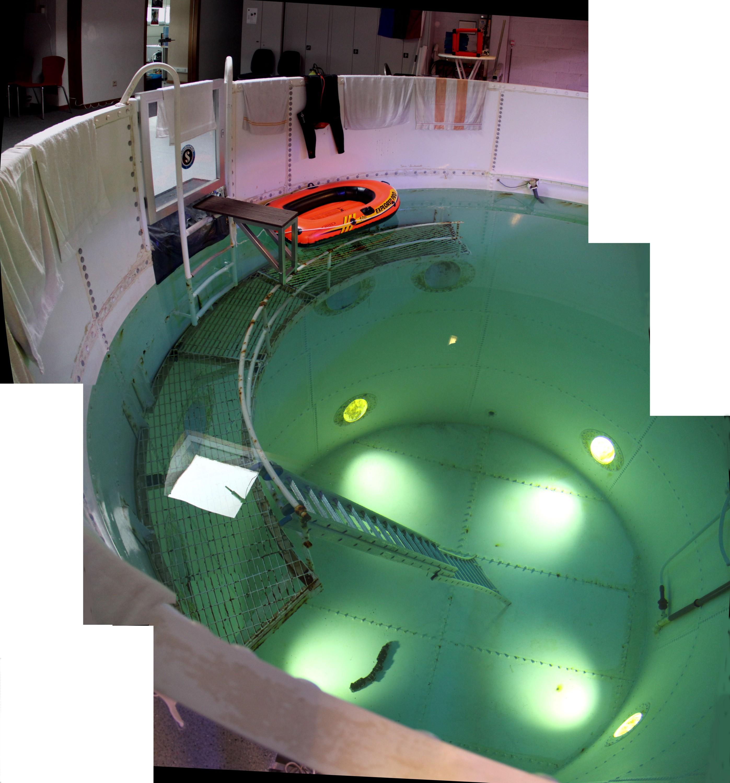 16 03 09 - 17h 55m 21s - esc piscine_stitch 2r