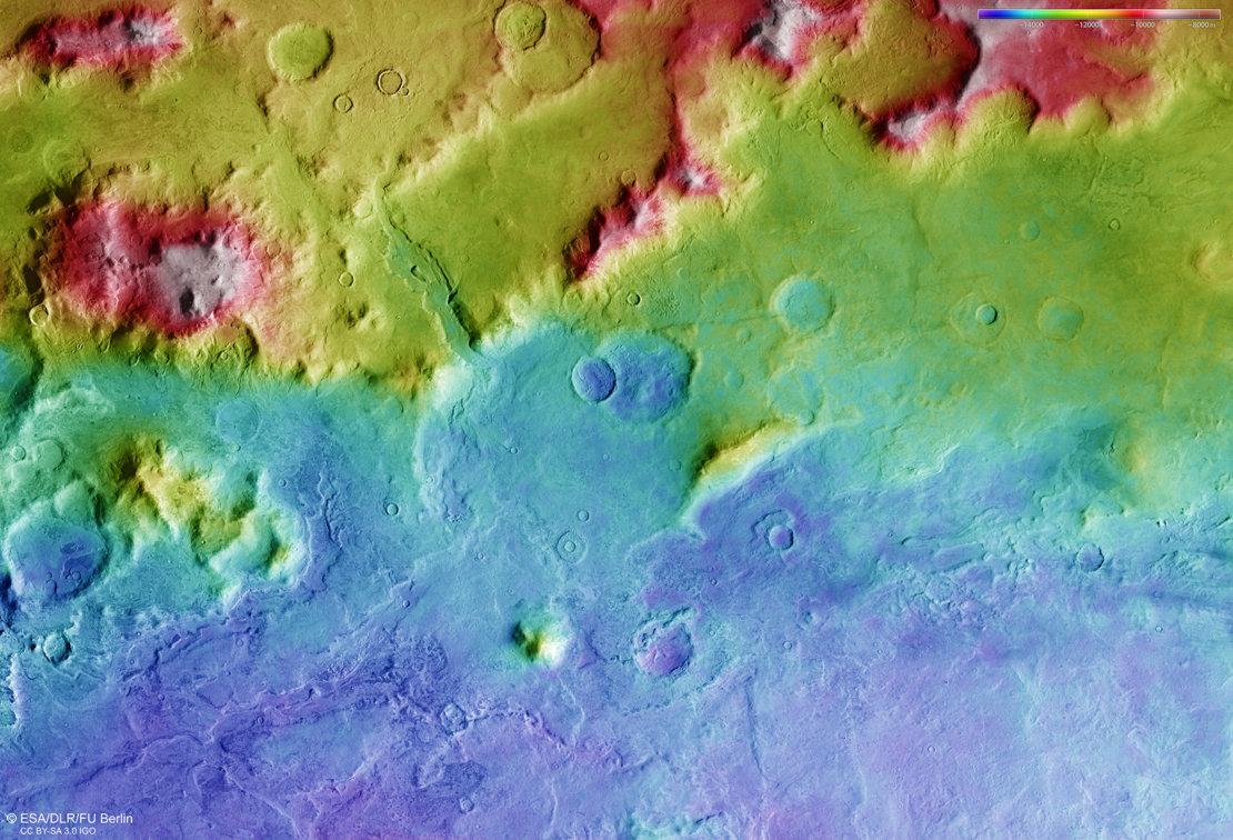 Hellas_Basin_rim_topography_article_mob