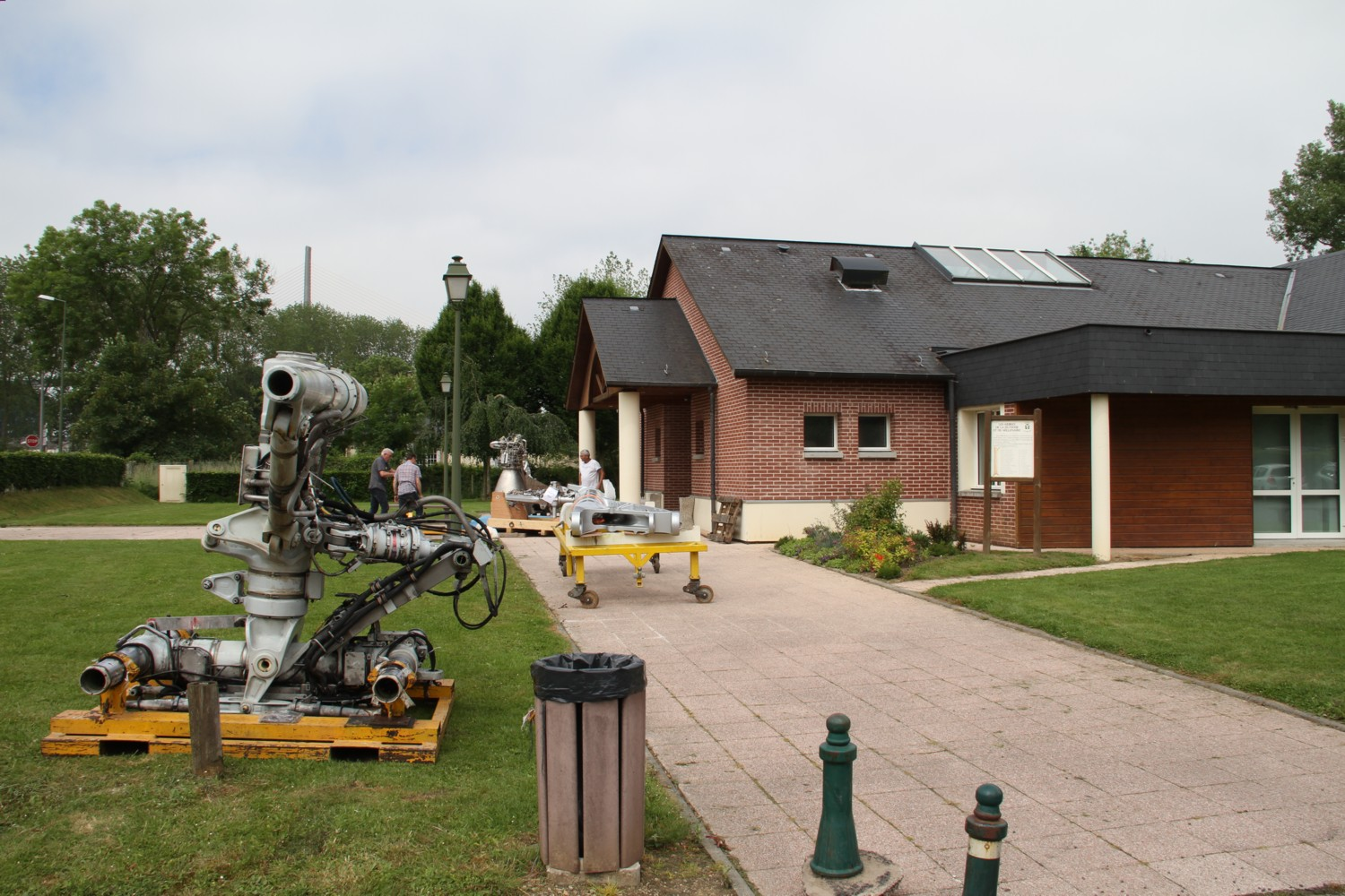 16 06 09 - 11h 35m 35s - expo apm st wandrille r