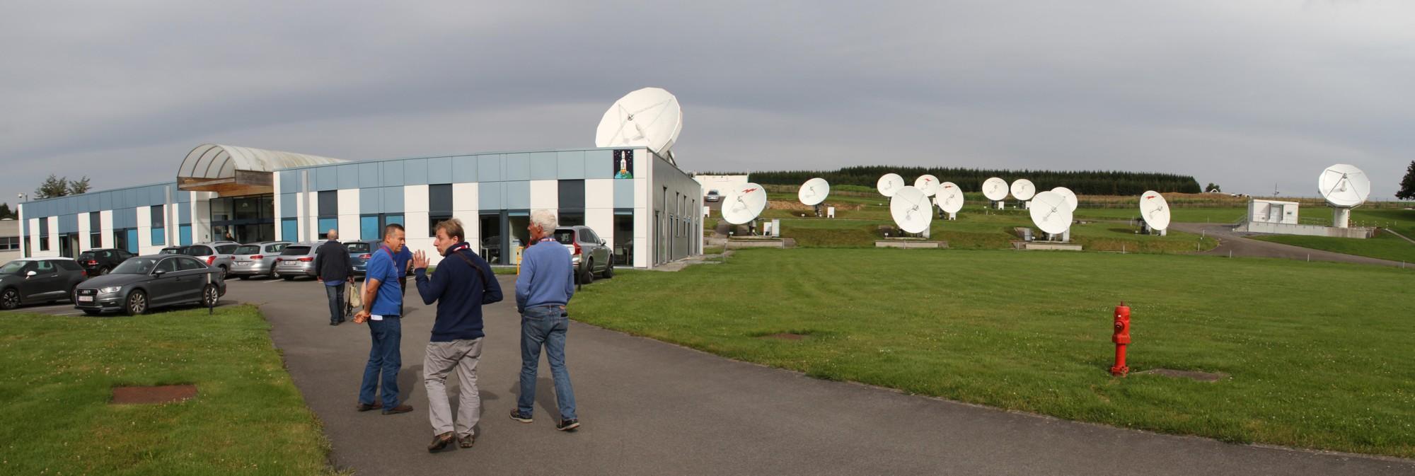 16 08 11 - 10h 25m 51s - Visite ESA Redu avec Mars Society Belgium_stitch tr