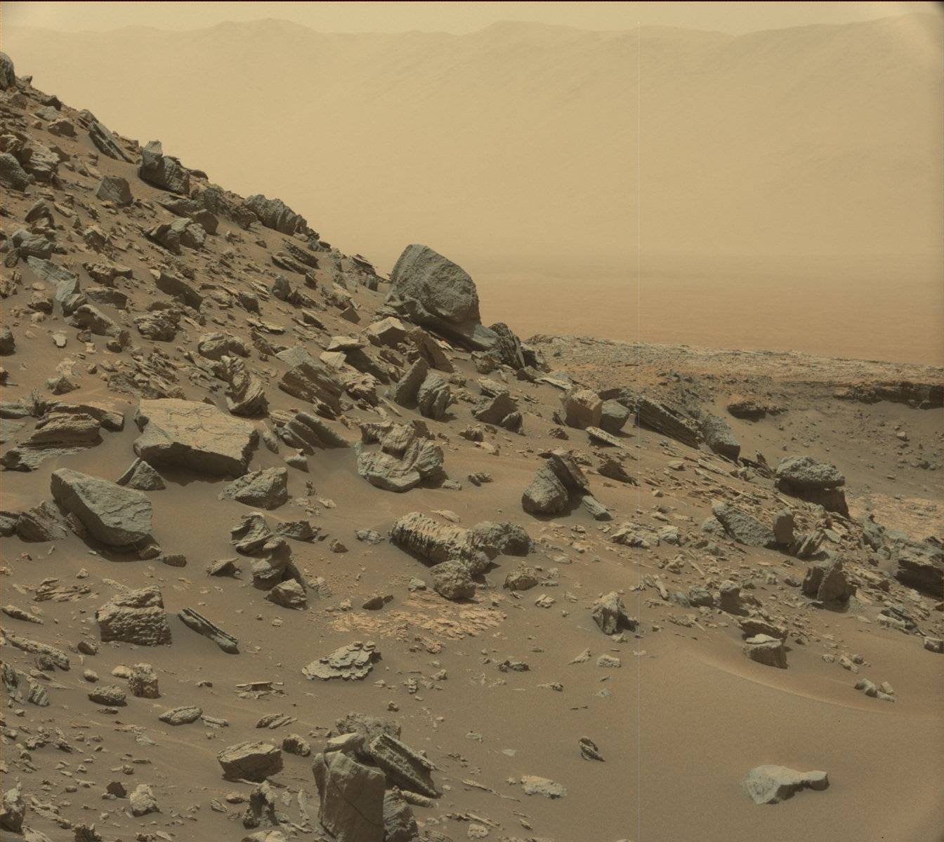 16-09-08-mars-curiosity-rover-msl-rock-pia21041-full