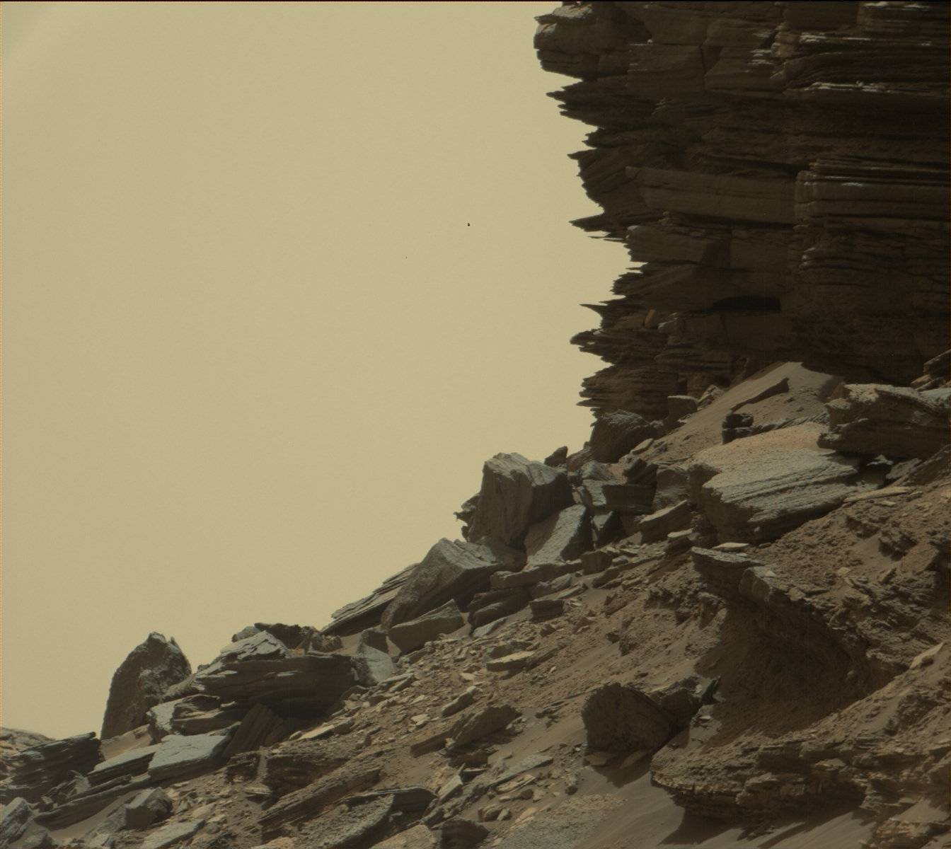 16-09-08-mars-curiosity-rover-msl-rock-layers-pia21045-full
