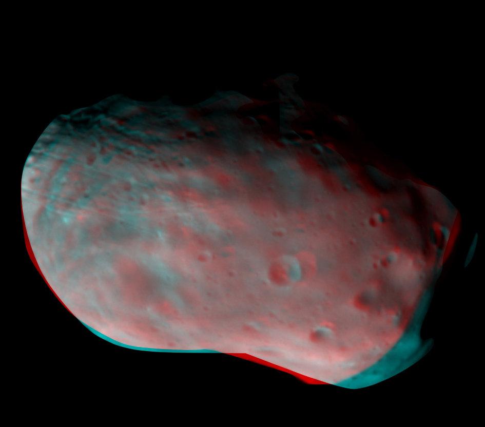 Phobos_in_3D_fullwidth